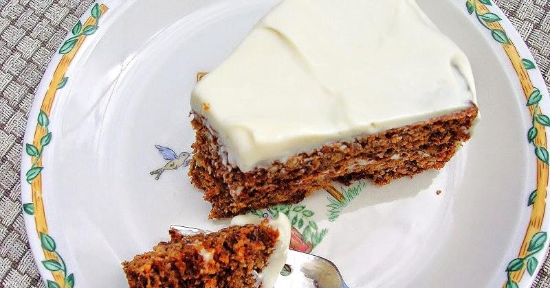 Low Carb Carrot Cake Cupcakes
