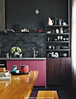 armário de cozinha rosa