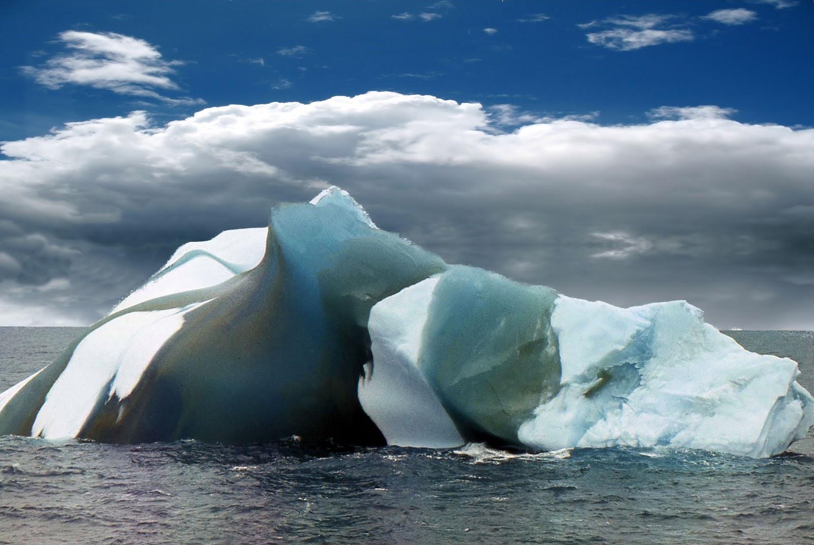 Фото высокого разрешения полосатых айсбергов