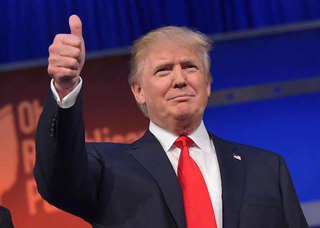 Presedintele Americii 2016 - Donald Trump  este noul presedinte al Statelor Unite Ale Americii.