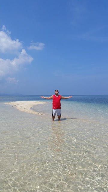 owning Campalabo sandbar for a day