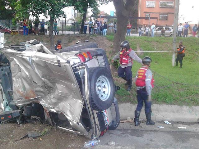 Terrible accidente en la Valle-Coche dejó 5 muertos y 3 heridos