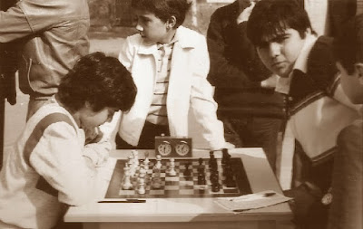 Daniel Travesset y Tebar, ajedrez gigante en la Plaça Orfila en 1984