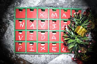 se han cambiado los números por Xmas navidad, vidas pixeladas