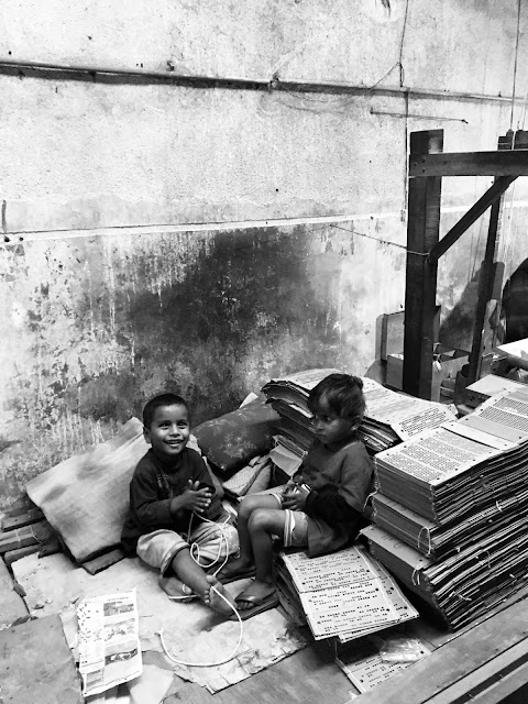 photography, kids, smile, laughter, black and white, village, India, hand looms, survey, research