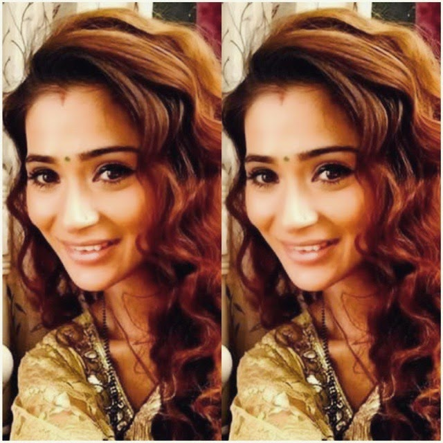 😍😍 sara khan ,, Hot Pics of Sara Khan on sets of Sasural Simar Ka