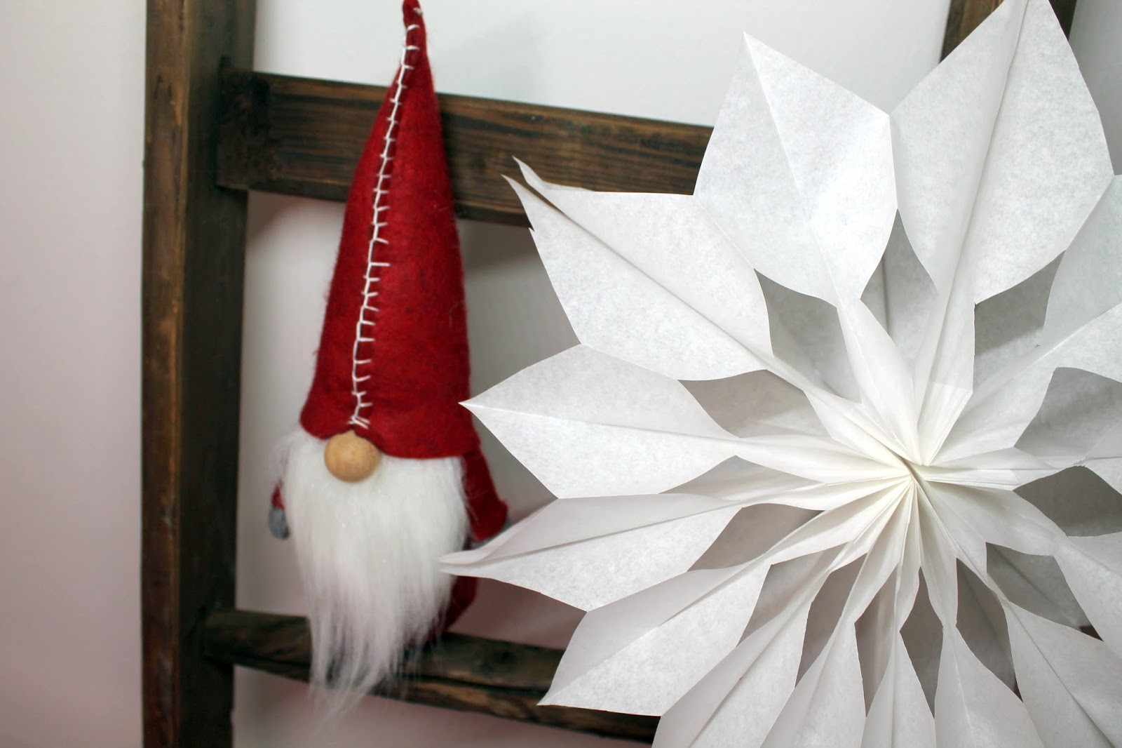 DIY, Basteln: Brottütensterne / Weihnachtssterne in Winterdekoration, Weihnachtsdekoration, Weihnachtsgeschenk und Geschenkideen - DIYCarinchen