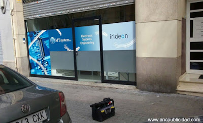 rotular escaparate de local en Barcelona