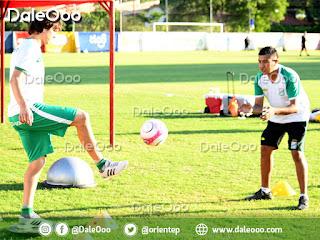 Pablo Zeballos trabaja para recuperarse de su lesión y volver a jugar con la camiseta de Oriente Petrolero - DaleOoo