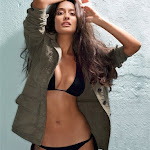 Lisa Haydon   Showing Her Hot & Sexy Body