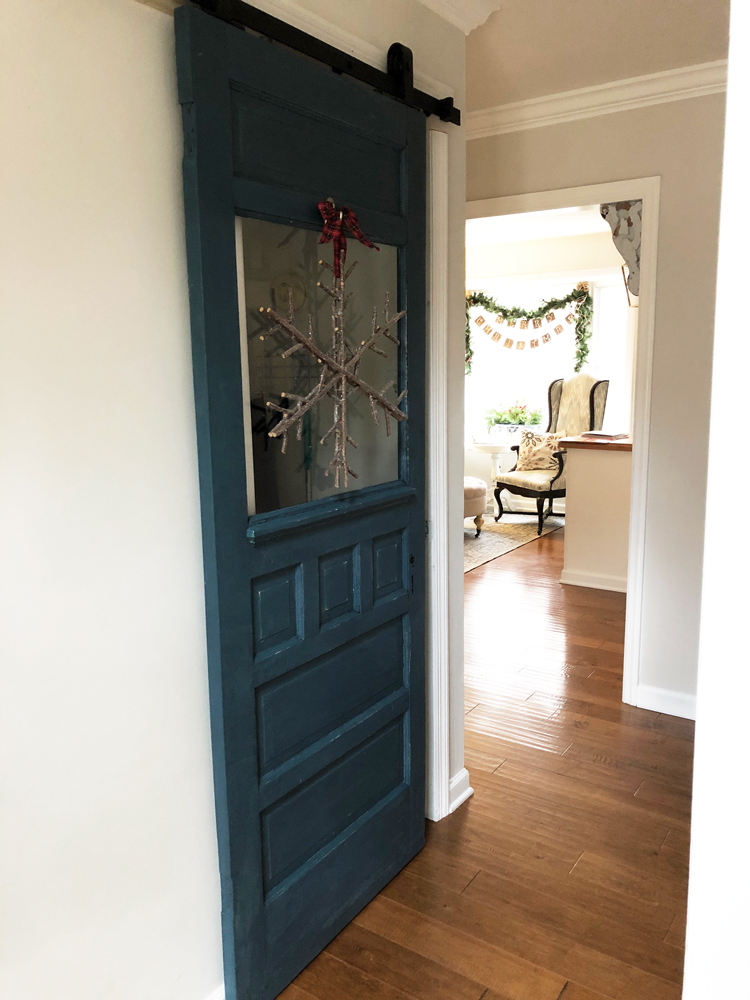 blue barn door