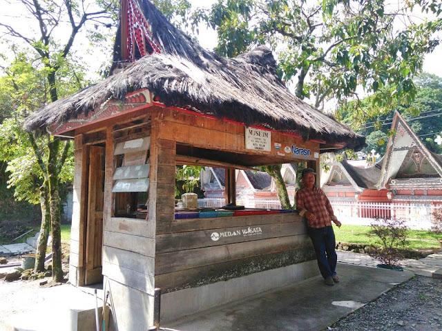 Singgah Sejenak di Museum Huta Bolon Simanindo