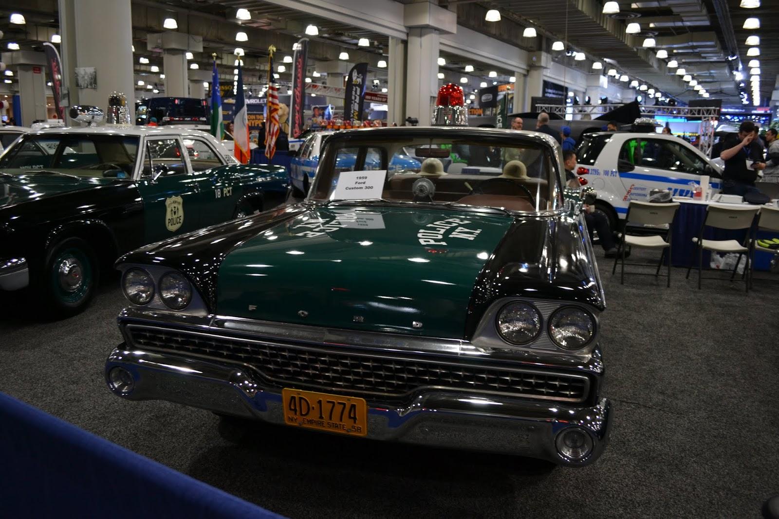 1950 Ford Custom 300. Ежегодное автошоу в Нью-Йорке - 2015 (New York International Auto Show - 2015)