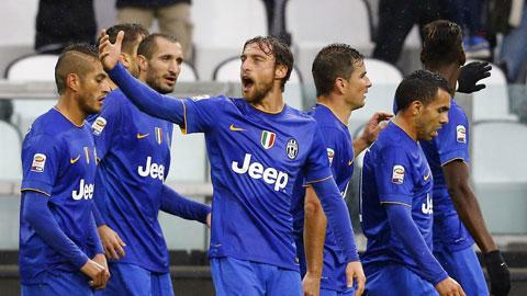 Juventus vùi dập Parma