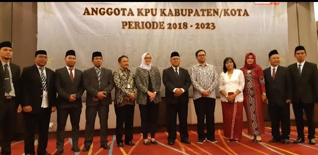 Selamat! Dua Srikandi ini Resmi Dilantik Jadi Anggota KPU Tana Toraja