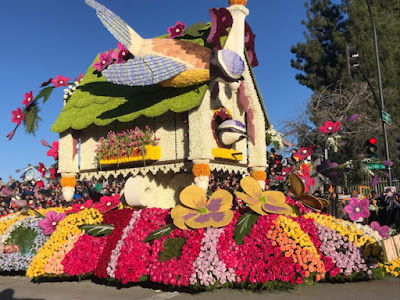 Happy New Year! Rose Parade 2019 Lights Up Faces in the Crowd