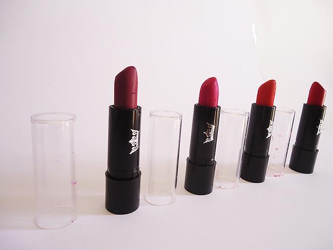 Batons Queen Makeup para o dia a dia.