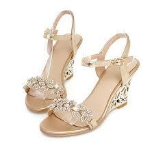 Model Sandal Wanita Untuk Pesta Modern Terbaru