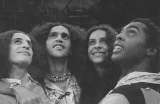 Maria Bethânia, Caetano Veloso, Gal Costa e Gilberto Gil)