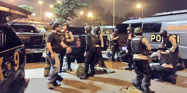 Polisi yang Terkena Ledakan Bom Sedang Kawal Pawai Obor Ramadhan Umat Islam