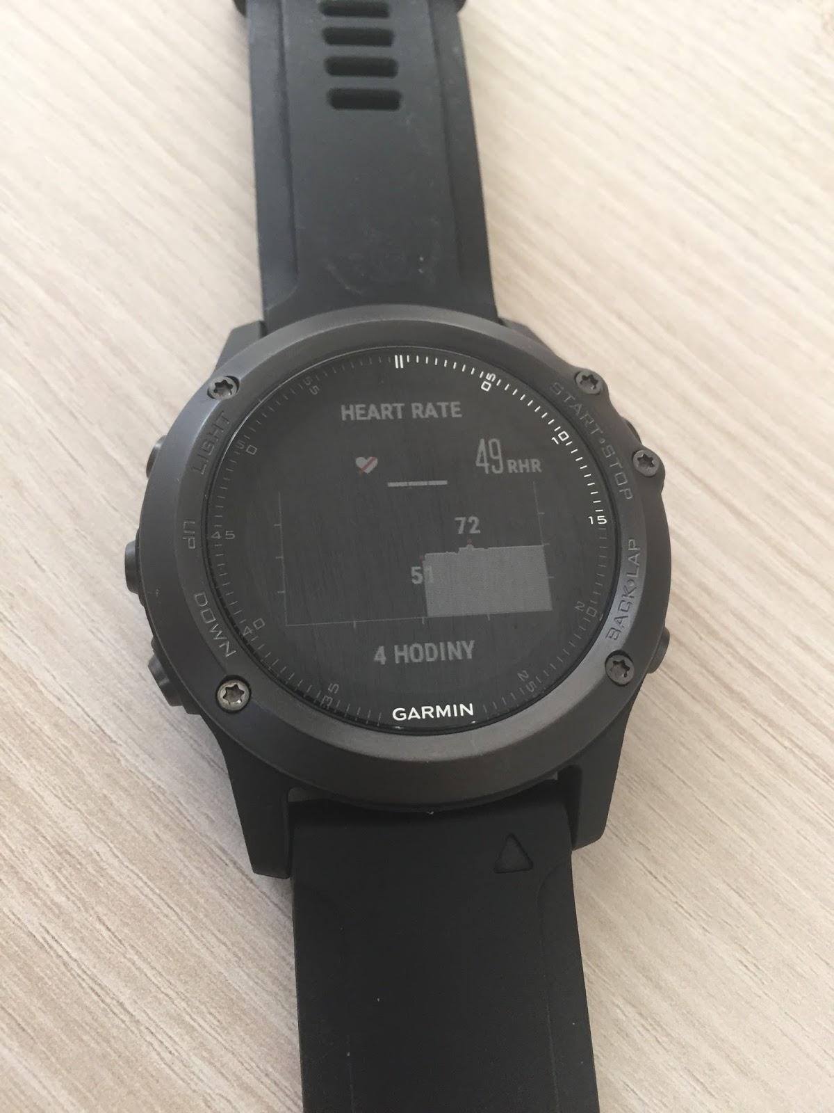 0c06626c7 Pokud pomineme modely, které jsou změněny jen díky použitým materiálům  (verze Titanium), zůstane nám exemplář s označením Garmin Fenix 3 HR ...