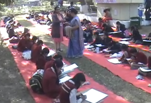 Trafika Thana Faridabad: School children created Traffic rules.