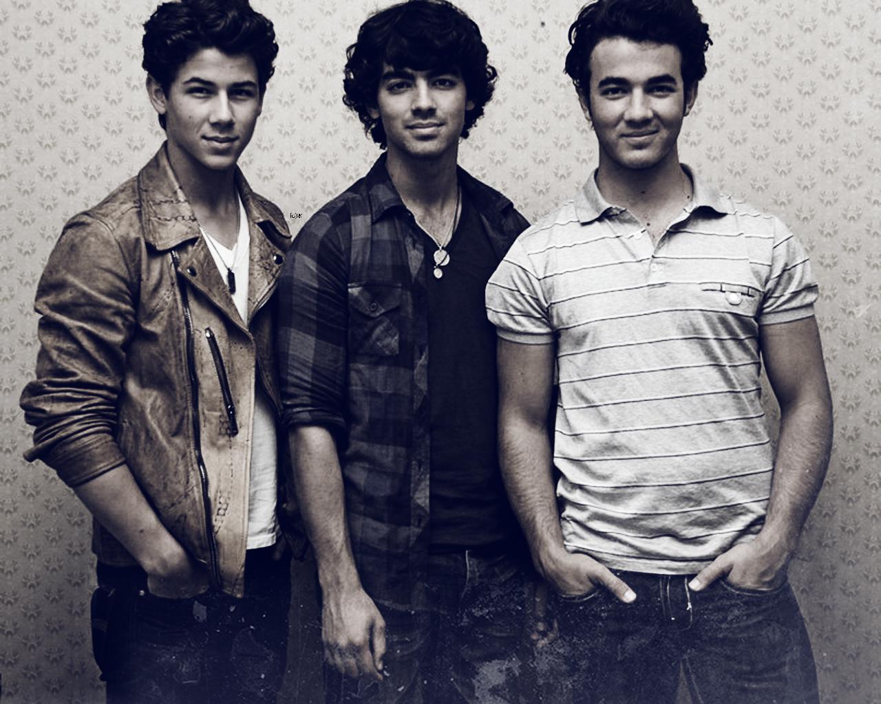 Menspanked jonas brothers - Jonas brothers blogspot ...