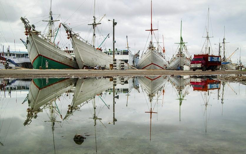 Paotere pelabuhan wisata makassar