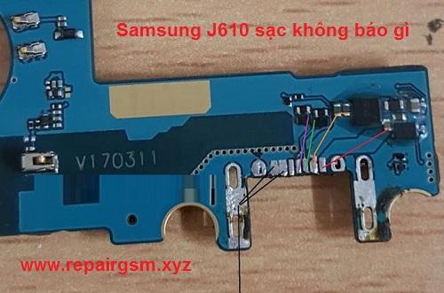 Samsung J610 sạc không báo gì