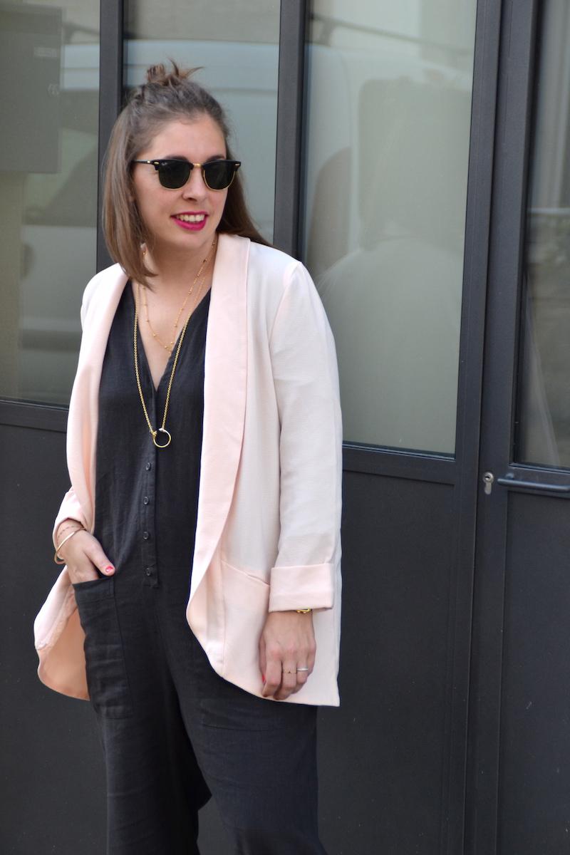 combinaison longue en lin asos, blazer rose pimkie,collier Lily's creations et rebecca minkoff