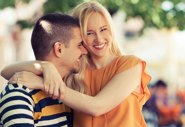 Aşk Egoyu Azaltır, Bağlanma ise Arttırır