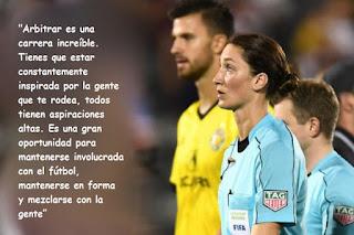 arbitros-futbol-Kathryn-Nesbitt