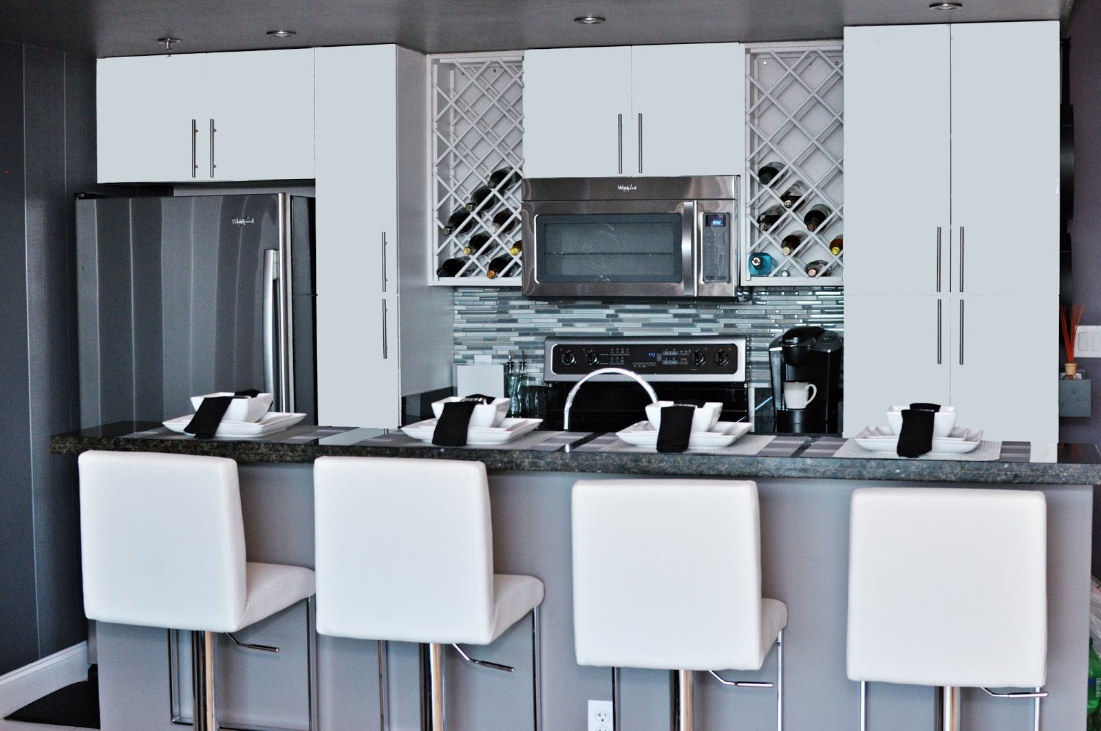 Live Laugh Decorate: Bachelor Pad - Part Two Kitchen