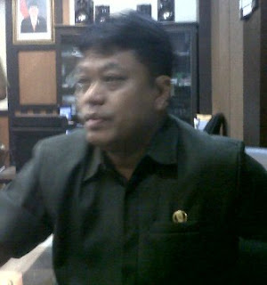 Drs.H. Agus Dono Wibawanto,M.Hum anggota Komisi E DPRD Jatim