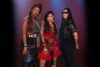 Resenha Musical | Pitty lança ótimo single com a participação de Tássia Reis e Emilly Barreto