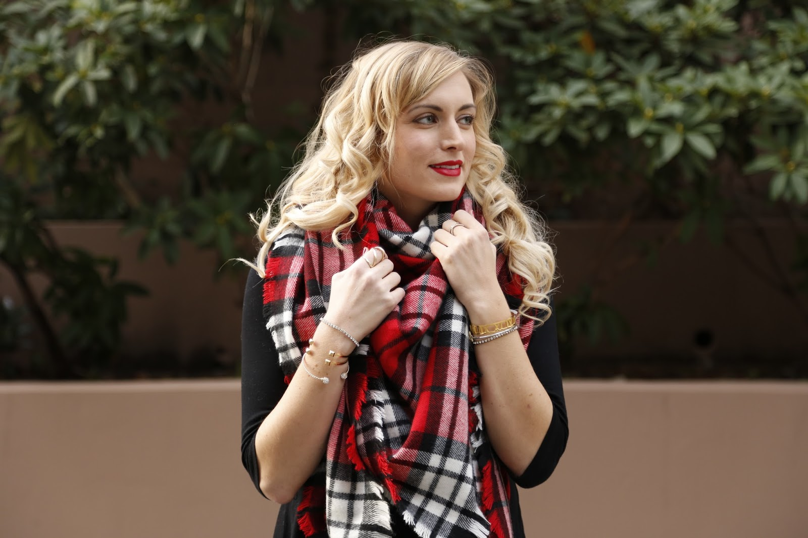 blanket-scarf-fall-dress-outfit-idea