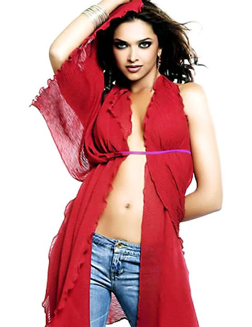 Hot Actress Wallpaper Deepika Padukone Sexy Photos-8687