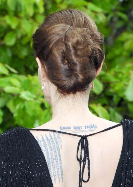 Model Rambut Lembut Bun