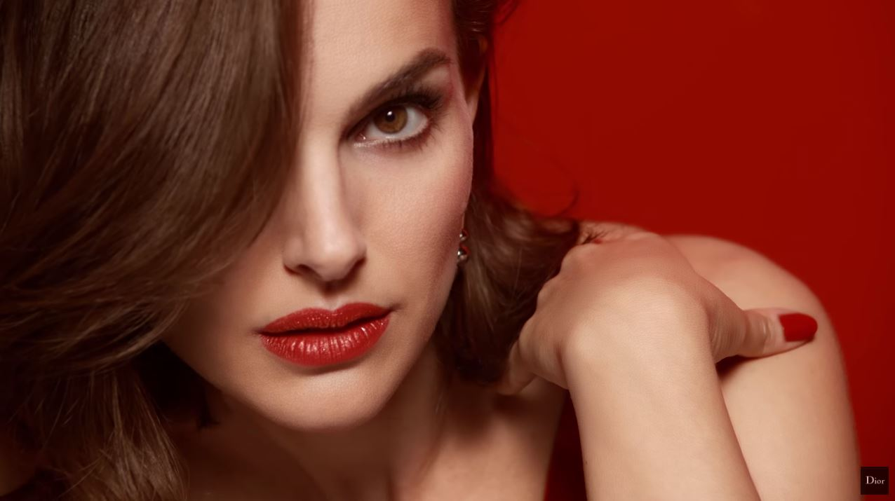 Canzone Dior Rouge Rossetto Pubblicità e modella ottobre 2016