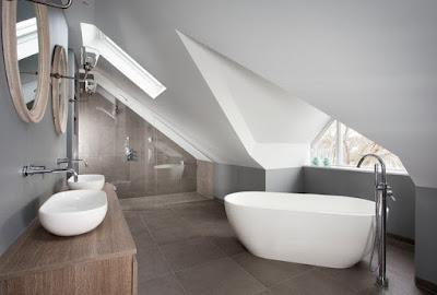แบบห้องน้ำเพดานเอียง