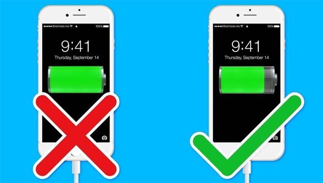 10 أخطاء تفعلها يوميا أثناء شحن بطارية هاتفك تؤدي إلى تلف البطارية