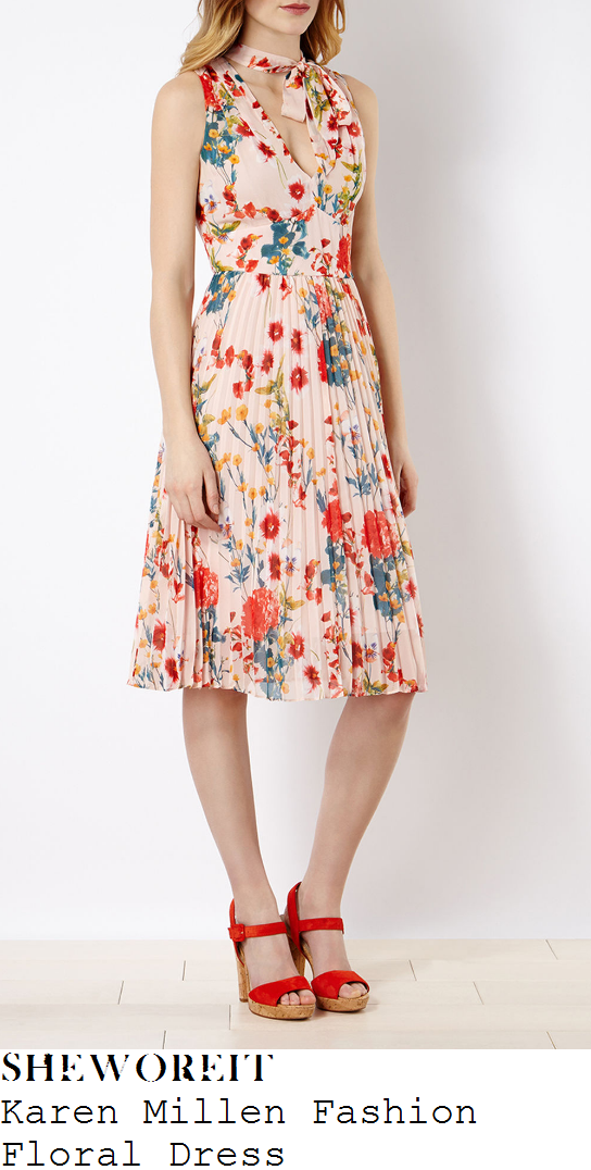 donna-air-karen-millen-cream-pink-and-multicoloured-floral-print-sleeveless-v-neck-pleated-dress