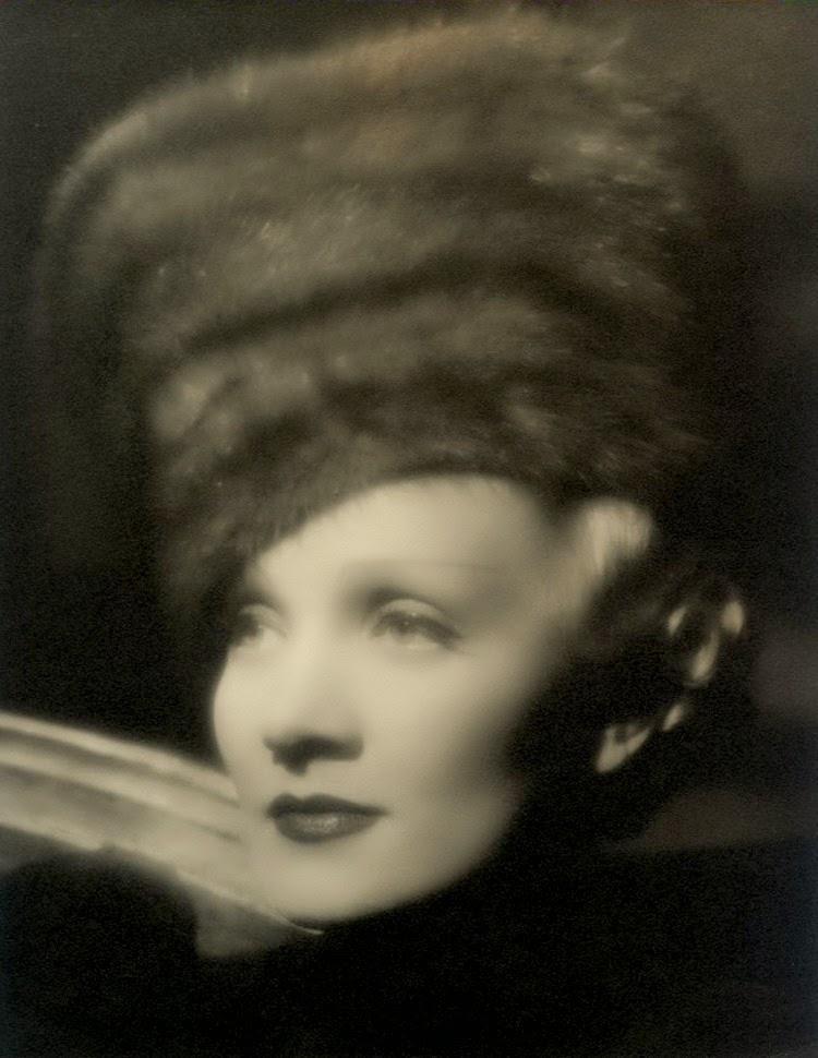 Marlene Dietrich Annex2: Gods And Foolish Grandeur: Marlene Dietrich, The Scarlett