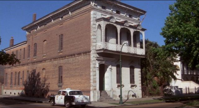 Paul Gallier's house (591 Esplanade Ave) in CAT PEOPLE (1982)