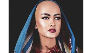 Artis Penyanyi Dangdut Julia Perez