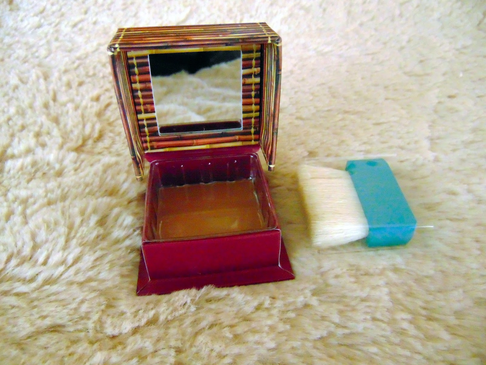 Review hoola bronzer, benefit. Before and after photos. Reseña hoola bronzer antes y después, primera impresión