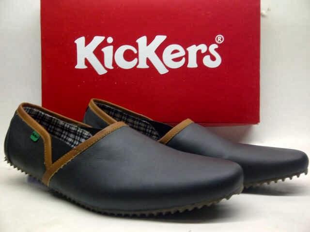 Harga dan Model Sepatu Kickers Wanita Original 25+ Harga dan Model Sepatu  Kickers Wanita Original 01413b66d4