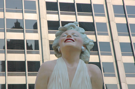 Forever Marilyn 2011-Seward Johnson