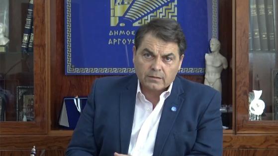 Δ. Καμπόσος: Ανεπίτρεπτο να προκαλούμε την κοινωνία δαπανώντας τεράστια ποσά για εκδηλώσεις (βίντεο)