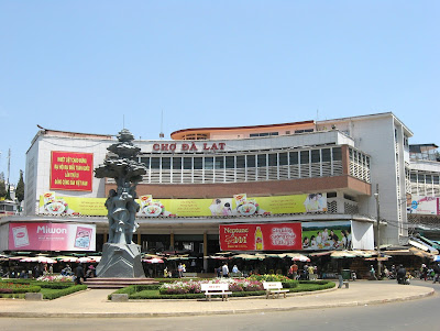 Da Lat market – the heaven of fresh local products ~ Travel Around The World